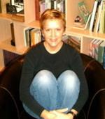 Mary_sitting_3