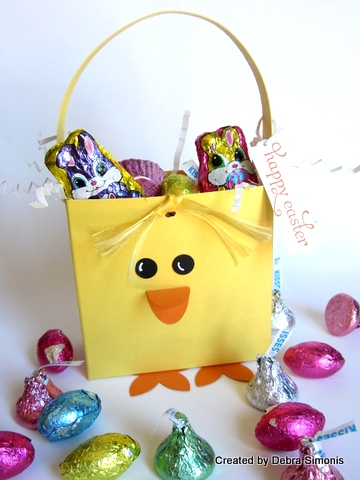 Chick Basket with Candy-001