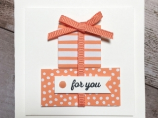 Create a simple 3 x 3 gift card using Stampin Up Itty Bitty Greetings - Mary Fish StampinUp Idea
