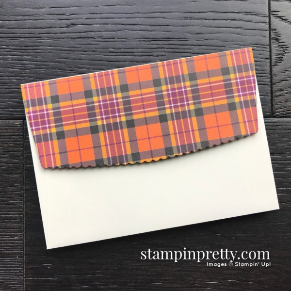 Create this envelope flap by using the Envelopes Dies from Stampin' Up!