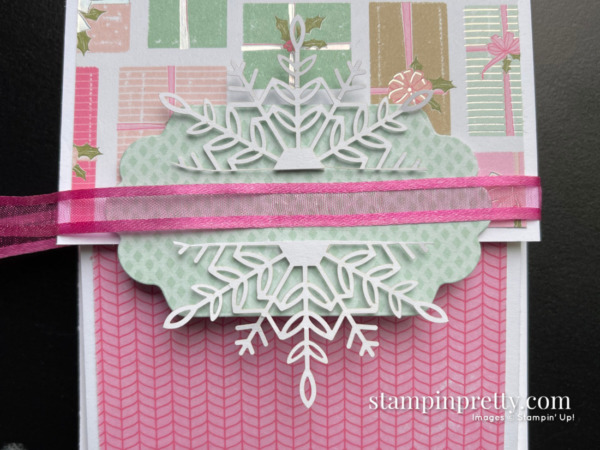 Create this card using the Wonderful Snowflakes Embellishments and Seasonal Labels Dies by Stampin' Up! Fun Fold Card by Mary Fish, Stampin' Pretty